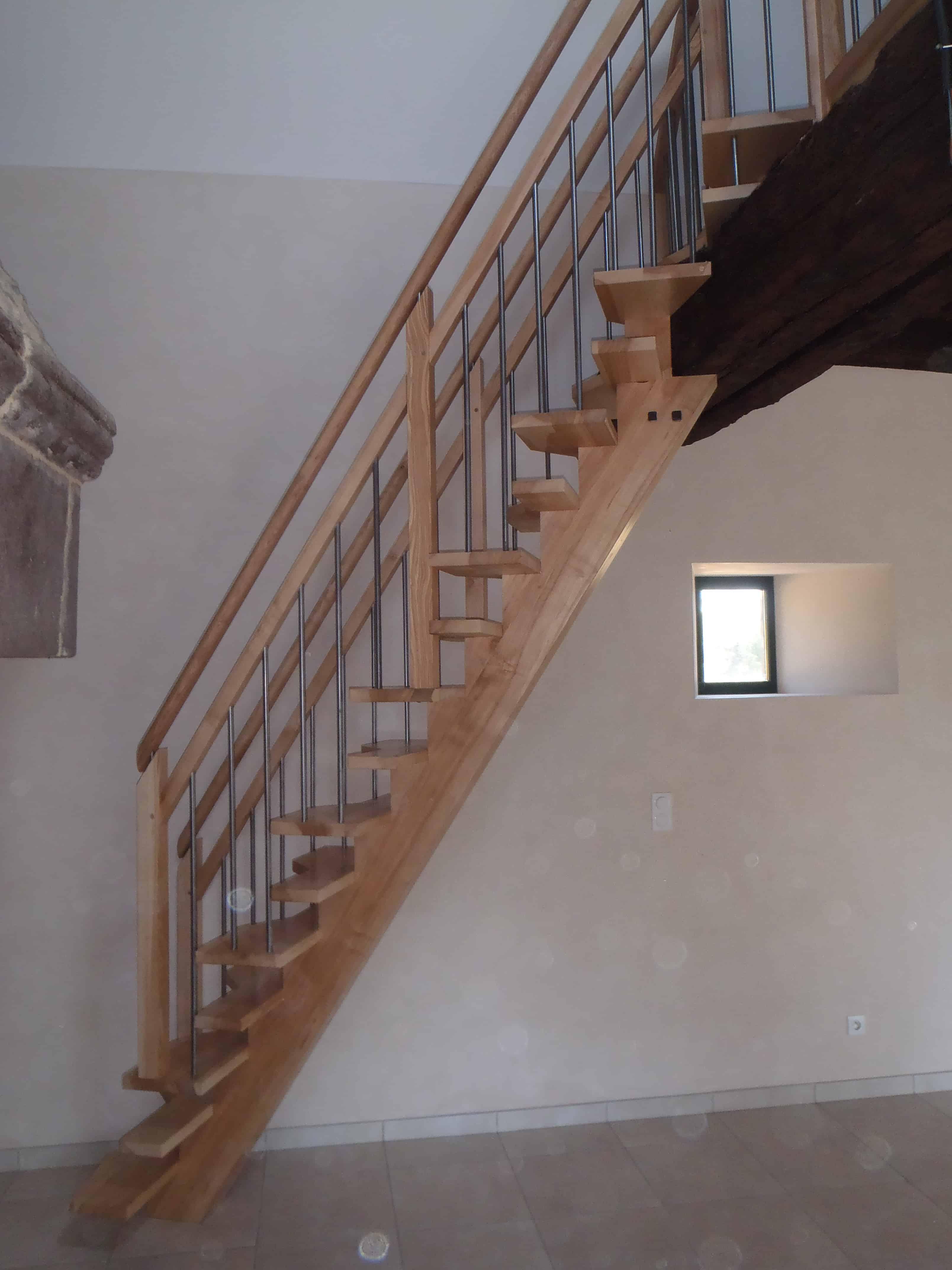 fabrication escalier sur mesure menuiserie bg d billard moderne. Black Bedroom Furniture Sets. Home Design Ideas